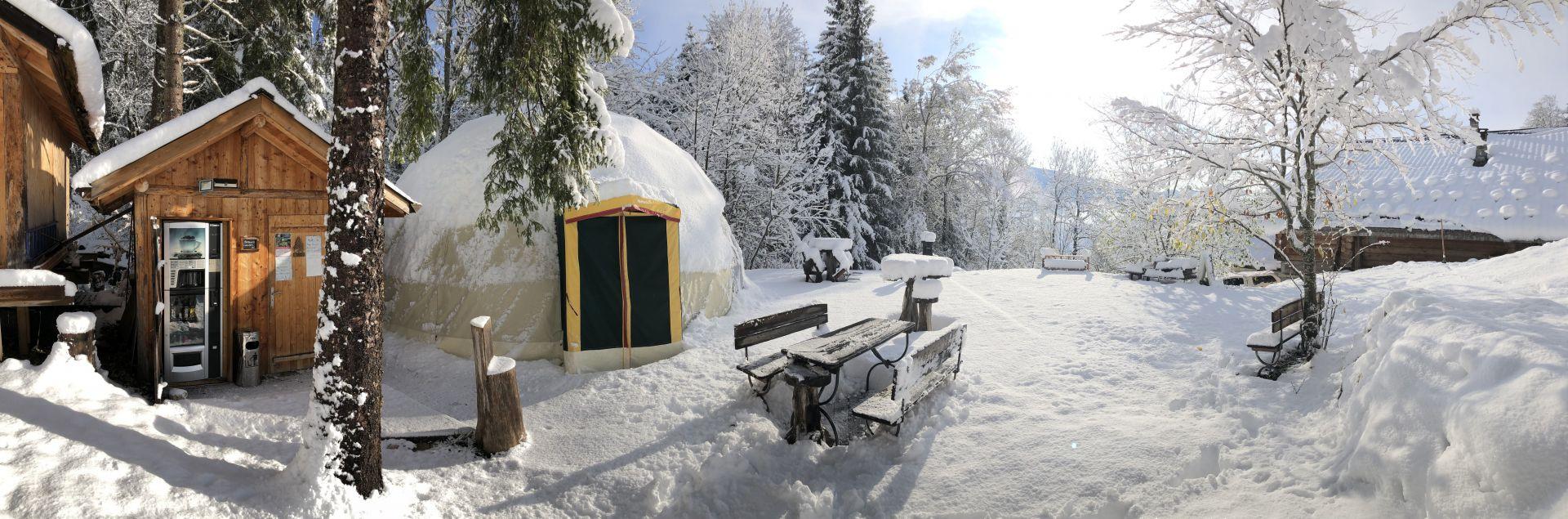 Igloome sous la neige
